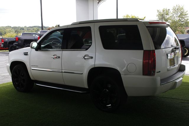 2012 Cadillac Escalade Luxury AWD - NAV - REAR DVD - SUNROOF! Mooresville , NC 26