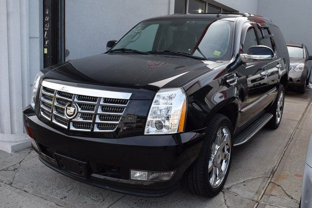 2012 Cadillac Escalade Luxury Richmond Hill, New York 1
