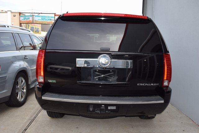 2012 Cadillac Escalade Luxury Richmond Hill, New York 4