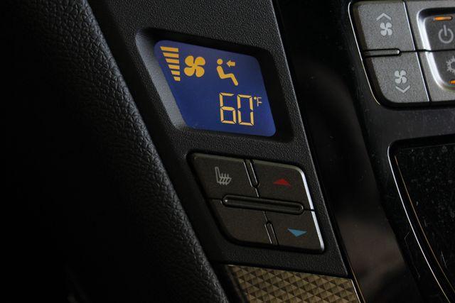 2012 Cadillac V-Series CTS-V RWD - NAVIGATION - SUNROOF! Mooresville , NC 36