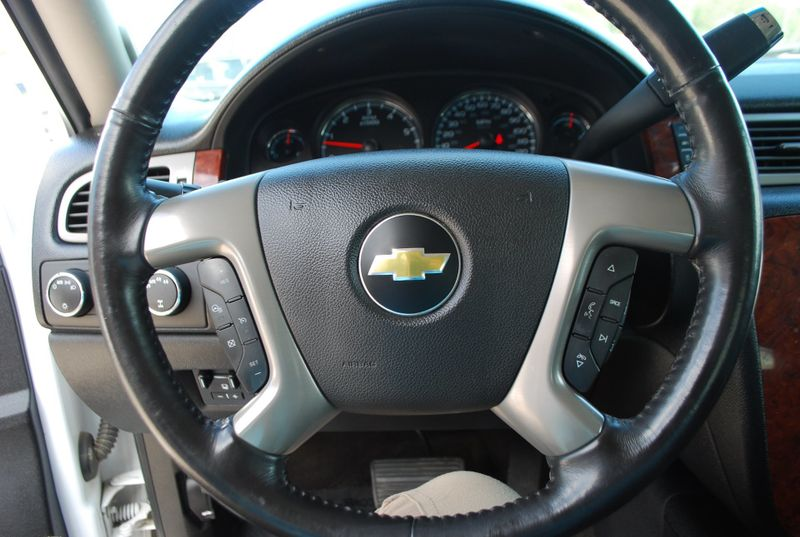 2012 Chevrolet Avalanche LTZ  Brownsville TX  English Motors  in Brownsville, TX