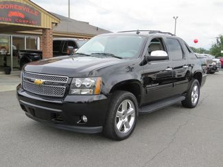 2012 Chevrolet Avalanche LT | Mooresville, NC | Mooresville Motor Company in Mooresville NC