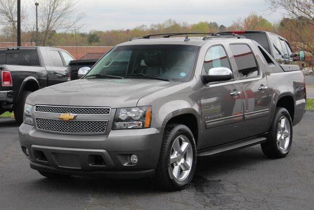 2012 Chevrolet Avalanche LS RWD - ALL STAR EDITION - LEATHER! Mooresville , NC 21
