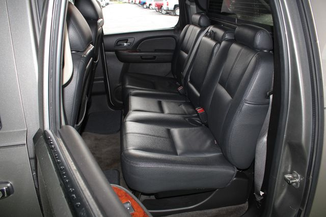 2012 Chevrolet Avalanche LS RWD - ALL STAR EDITION - LEATHER! Mooresville , NC 9