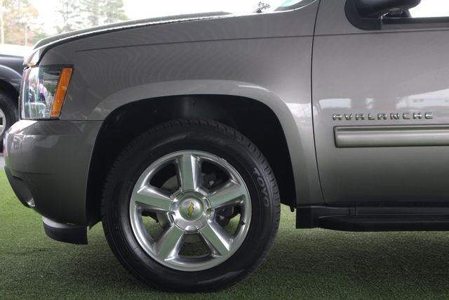 2012 Chevrolet Avalanche LS RWD - ALL STAR EDITION - LEATHER! Mooresville , NC 19