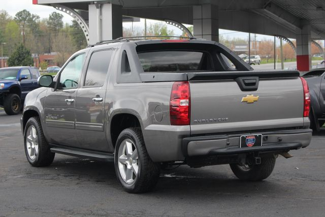 2012 Chevrolet Avalanche LS RWD - ALL STAR EDITION - LEATHER! Mooresville , NC 25