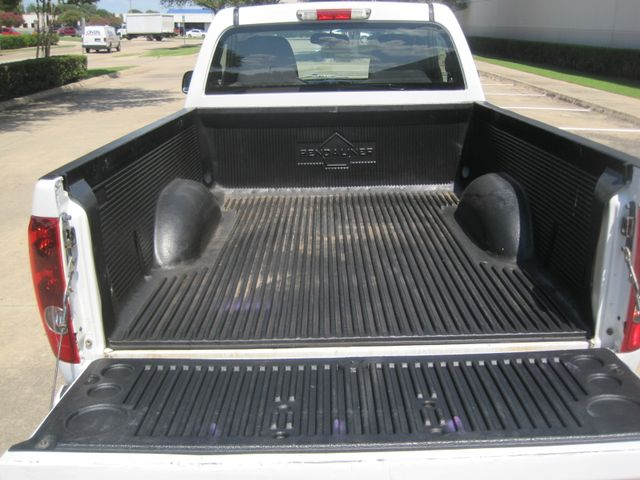 2012 Chevrolet Colorado Reg Cab, Automatic, Low Miles. Plano, Texas 12