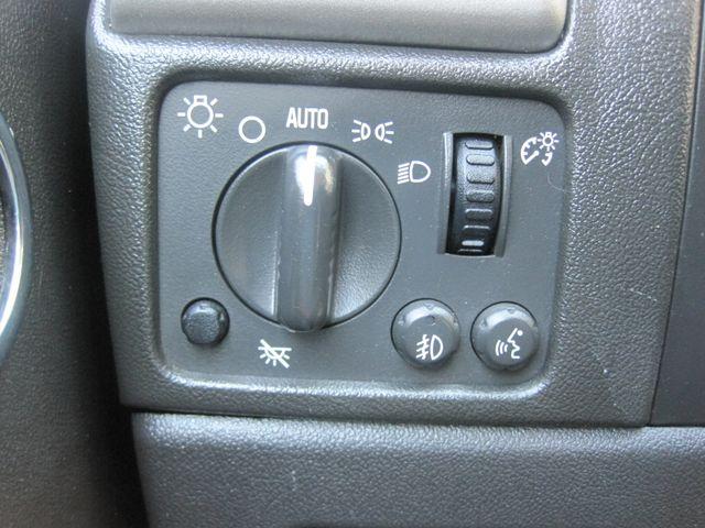 2012 Chevrolet Colorado Reg Cab, Automatic, Low Miles. Plano, Texas 21