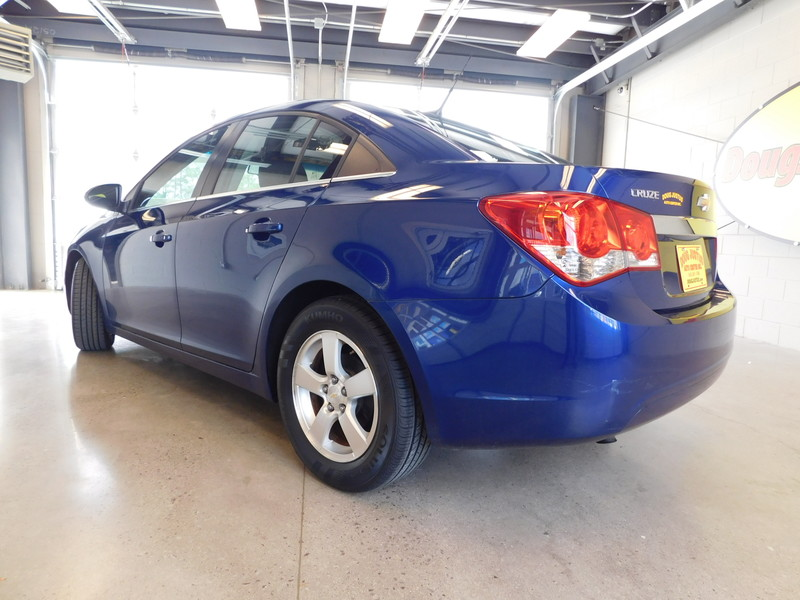 2012 Chevrolet Cruze LT w1LT  city TN  Doug Justus Auto Center Inc  in Airport Motor Mile ( Metro Knoxville ), TN