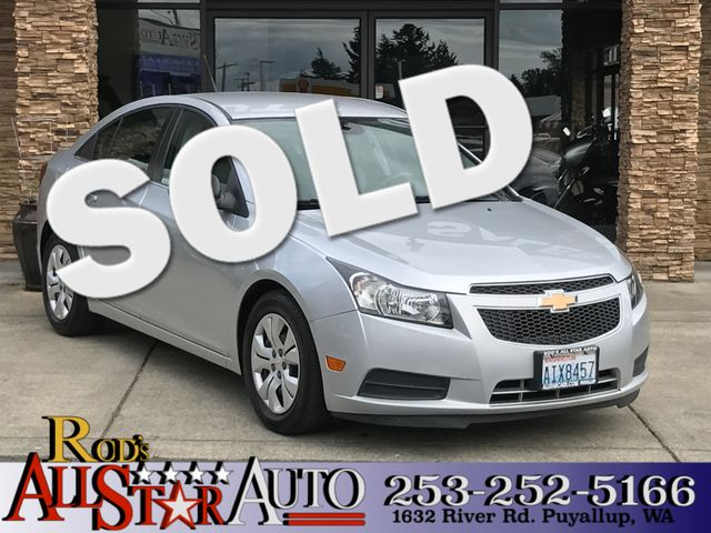 2012 Chevrolet Cruze LS This vehicle is a CarFax certified one-owner used car Pre-owned vehicles