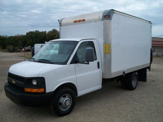 2012 Chevrolet Express 3500 Box Van w/ Lift Gate Waco, Texas