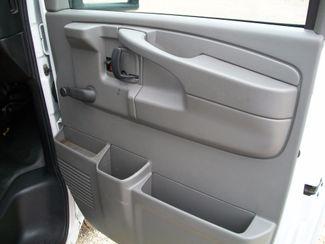 2012 Chevrolet Express 3500 Box Van w/ Lift Gate Waco, Texas 23