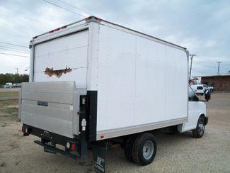 2012 Chevrolet Express 3500 Box Van w/ Lift Gate Waco, Texas 4