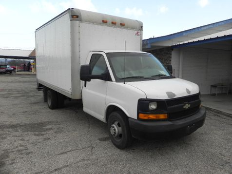 2012 Chevrolet Express Commercial Cutaway Work Van in New Braunfels
