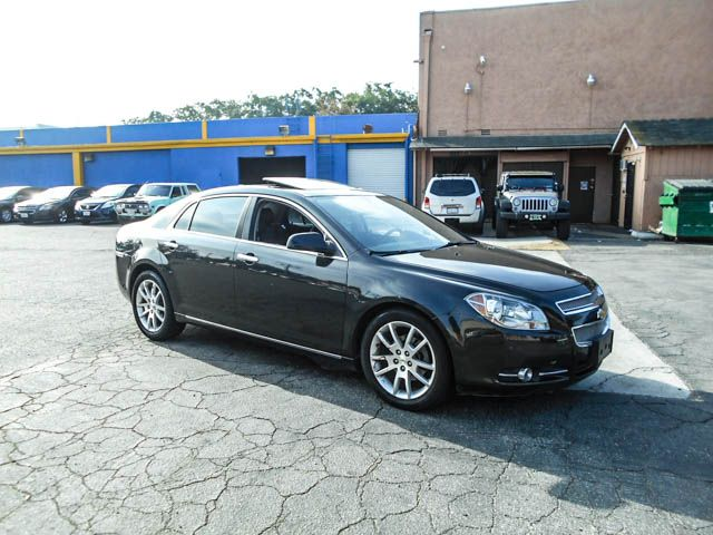 2012 Chevrolet Malibu LTZ w2LZ Limited warranty included to assure your worry-free purchase Auto