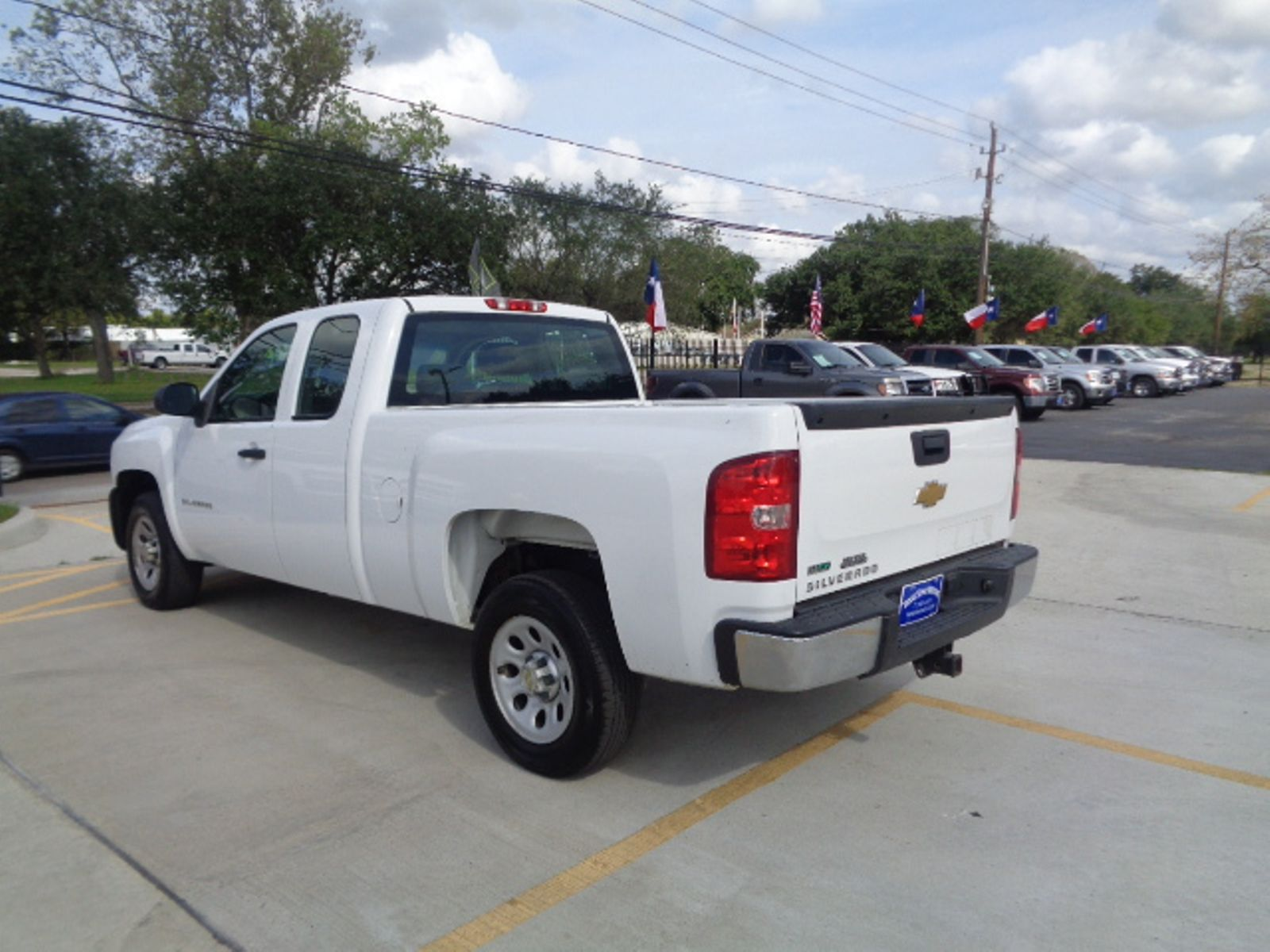 features front hybrid crew in silverado reviews cab wb price photo exterior photos truck chevrolet