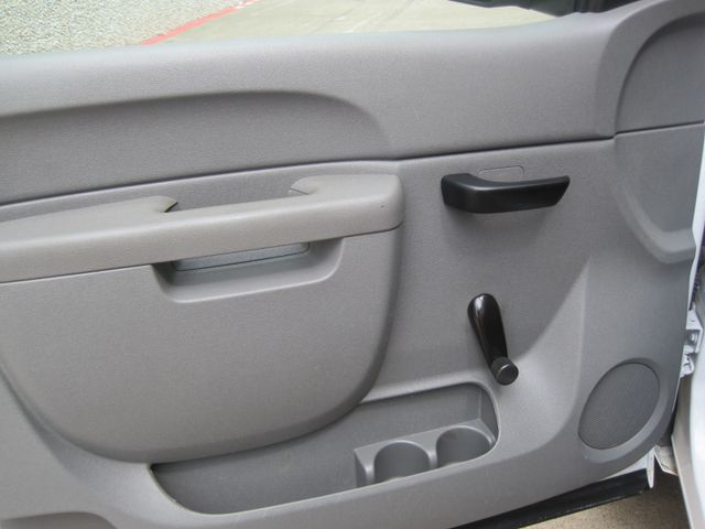 2012 Chevrolet Silverado Reg Cab Utility L/Rack, Real Nice 1 Owner Plano, Texas 16