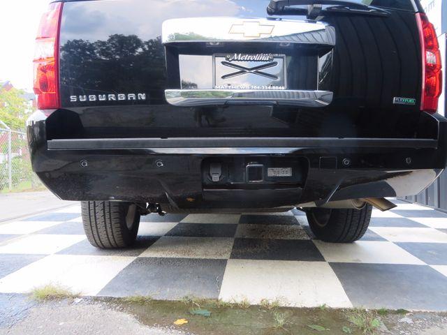 2012 Chevrolet Suburban LT Charlotte-Matthews, North Carolina 32
