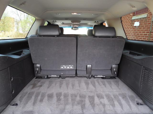 2012 Chevrolet Suburban LTZ 3RD ROW SEAT 4X4 Leesburg, Virginia 8