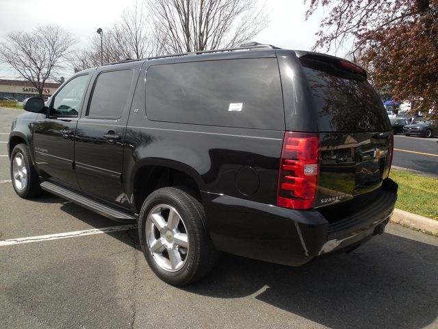 2012 Chevrolet Suburban LTZ 3RD ROW SEAT 4X4 Leesburg, Virginia 3