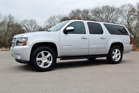 2012 Chevrolet Suburban LTZ - 4x4 in Liberty Hill , TX