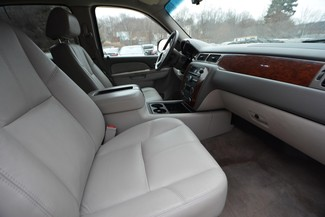 2012 Chevrolet Suburban LT Naugatuck, Connecticut 8