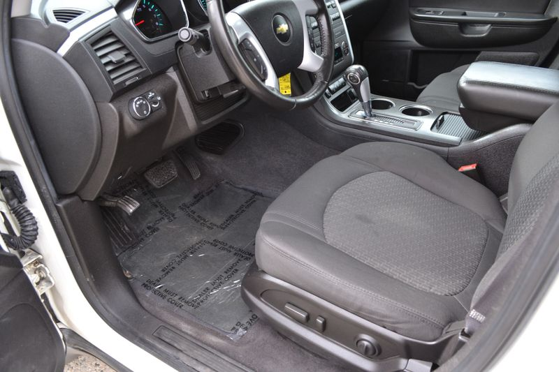 2012 Chevrolet Traverse LT w2LT  city New  Father  Son Auto Corp   in Lynbrook, New
