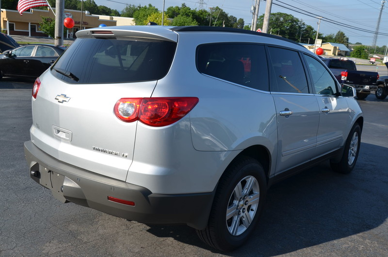 2012 Chevrolet Traverse LT w1LT  in Maryville, TN