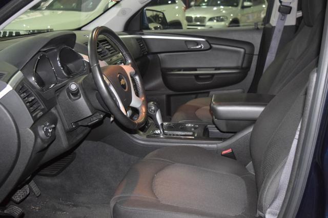 2012 Chevrolet Traverse LT w/1LT Richmond Hill, New York 13