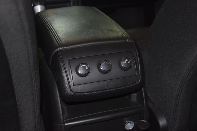 2012 Chevrolet Traverse LT w/1LT Richmond Hill, New York 9