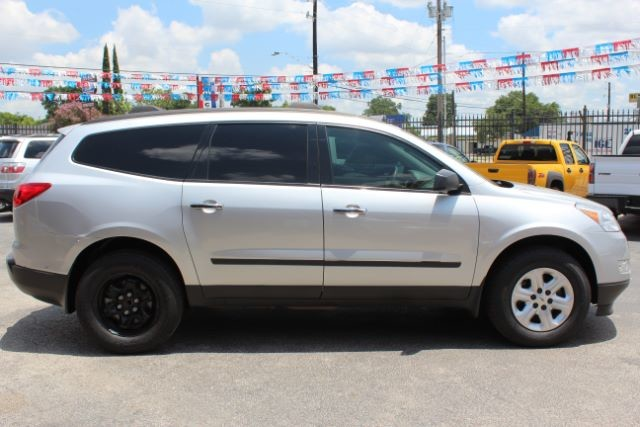 2012 Chevrolet Traverse LS San Antonio , Texas 11