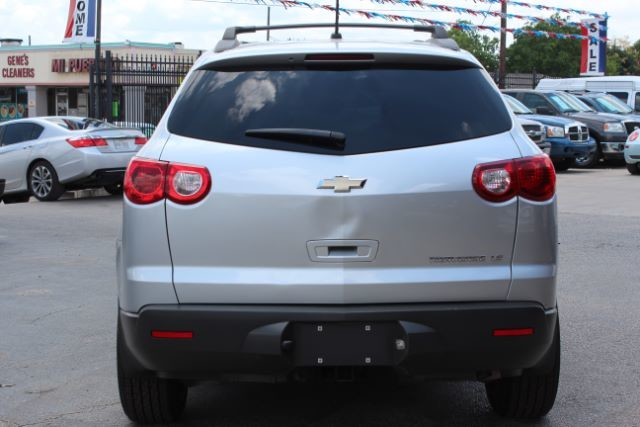 2012 Chevrolet Traverse LS San Antonio , Texas 8