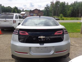 2012 Chevrolet Volt Hoosick Falls, New York 3