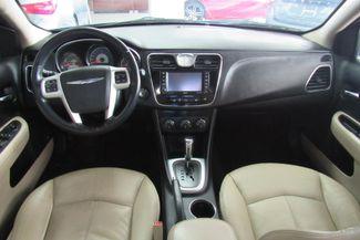 2012 Chrysler 200 Limited W/ NAVIGATION SYSTEM Chicago, Illinois 12