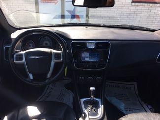 2012 Chrysler 200 Limited Devine, Texas 5