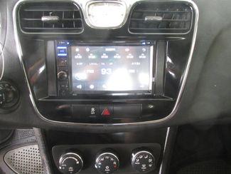 2012 Chrysler 200 Touring Gardena, California 6