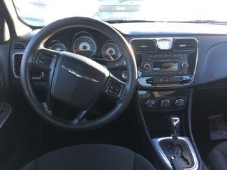 2012 Chrysler 200 LX AUTOWORLD (702) 452-8488 Las Vegas, Nevada 5