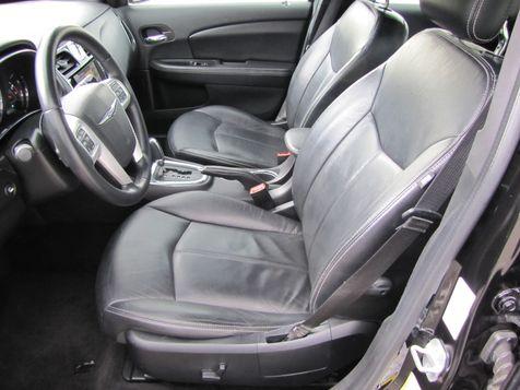 2012 Chrysler 200 Limited | Louisville, Kentucky | iDrive Financial in Louisville, Kentucky