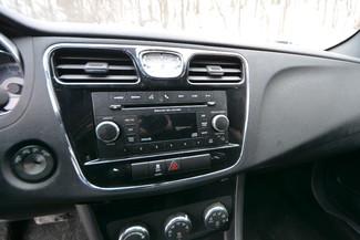2012 Chrysler 200 Touring Naugatuck, Connecticut 11