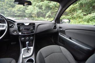 2012 Chrysler 200 Touring Naugatuck, Connecticut 12