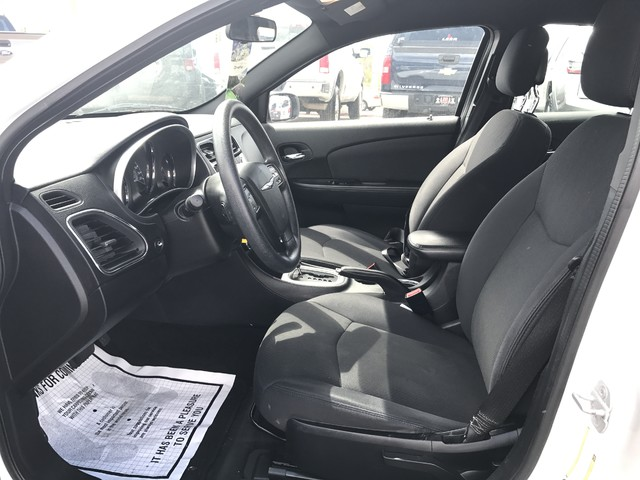 2012 Chrysler 200 LX Ogden, Utah 8