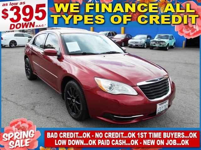 2012 Chrysler 200 LX Limited warranty included to assure your worry-free purchase AutoCheck repor