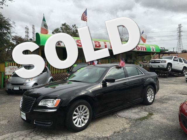 2012 Chrysler 300 TOURING Houston, TX 0