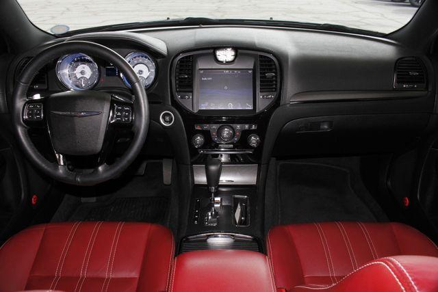 2012 Chrysler 300 300S RWD - SAFETYTEC - HEMI V8! Mooresville , NC 26
