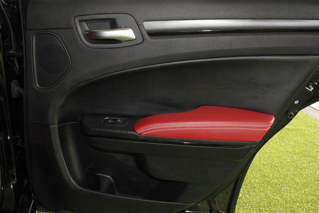 2012 Chrysler 300 300S RWD - SAFETYTEC - HEMI V8! Mooresville , NC 38