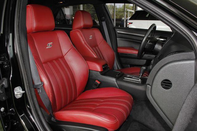2012 Chrysler 300 300S RWD - SAFETYTEC - HEMI V8! Mooresville , NC 12
