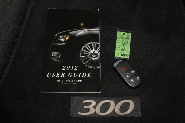 2012 Chrysler 300 300S RWD - SAFETYTEC - HEMI V8! Mooresville , NC 17