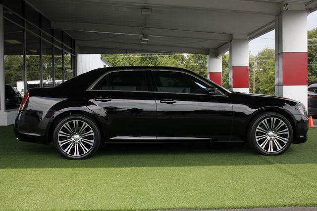 2012 Chrysler 300 300S RWD - SAFETYTEC - HEMI V8! Mooresville , NC 13