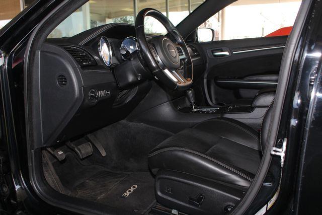2012 Chrysler 300 SRT8 RWD - SAFETYTEC - NAV - PANO SUNROOFS! Mooresville , NC 34