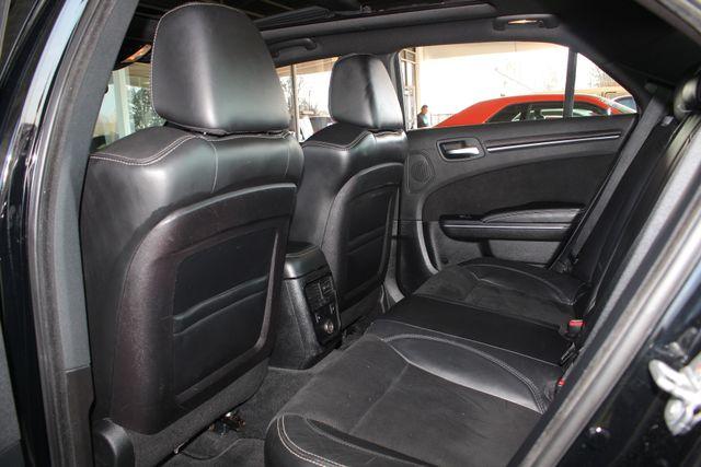 2012 Chrysler 300 SRT8 RWD - SAFETYTEC - NAV - PANO SUNROOFS! Mooresville , NC 45